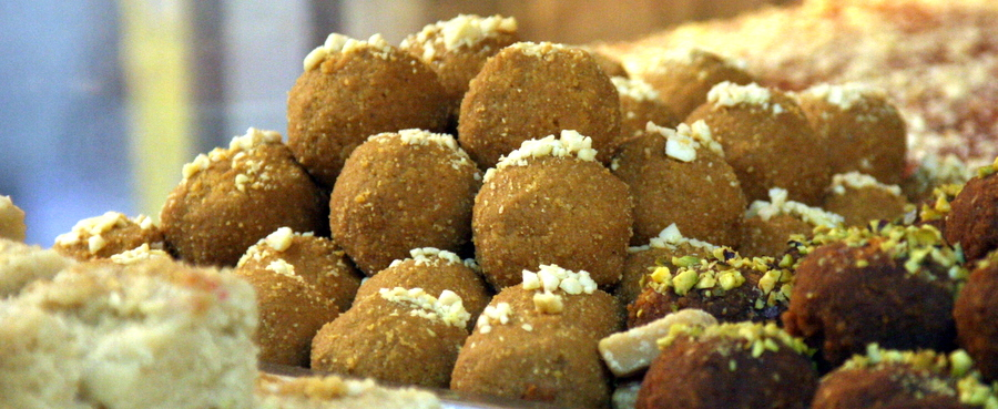 Cakes: Indian Sweets
