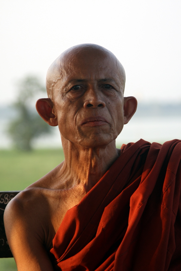 Myanmar: Mandalay Monk