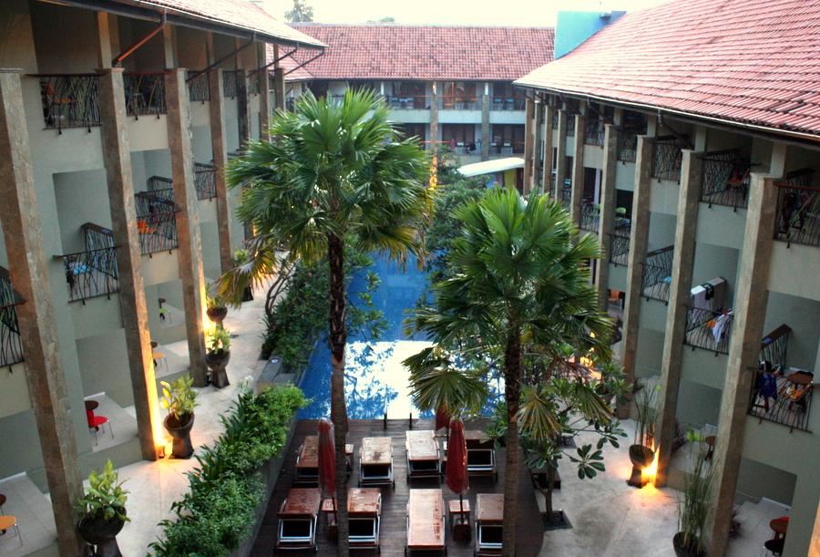 Bali: Family Style Hotel in Legian