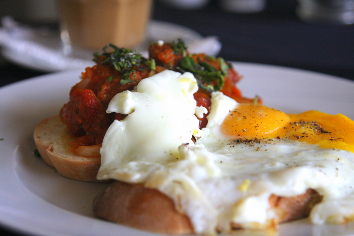 Breakfast at Grocer & Grind, Seminyak