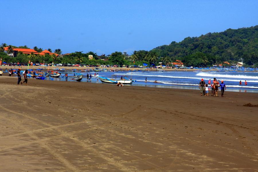 Pantai or Pantay?