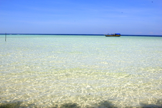 Karimunjawa has white sand and clear water