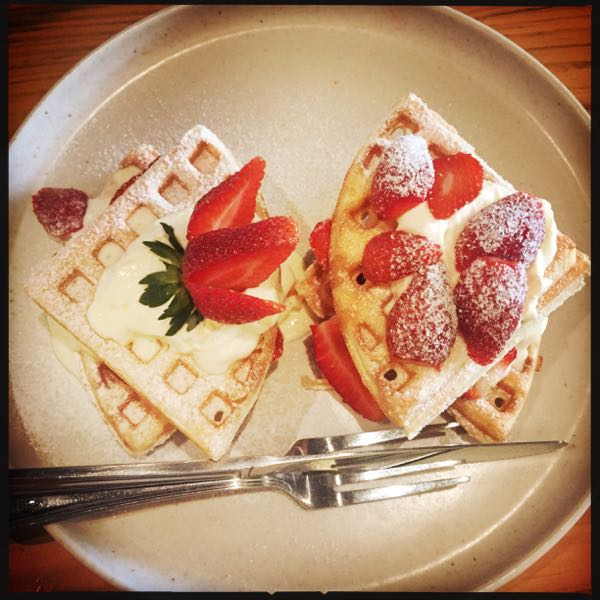 Strawberries & Cream Waffles @ Cultivar Bandung