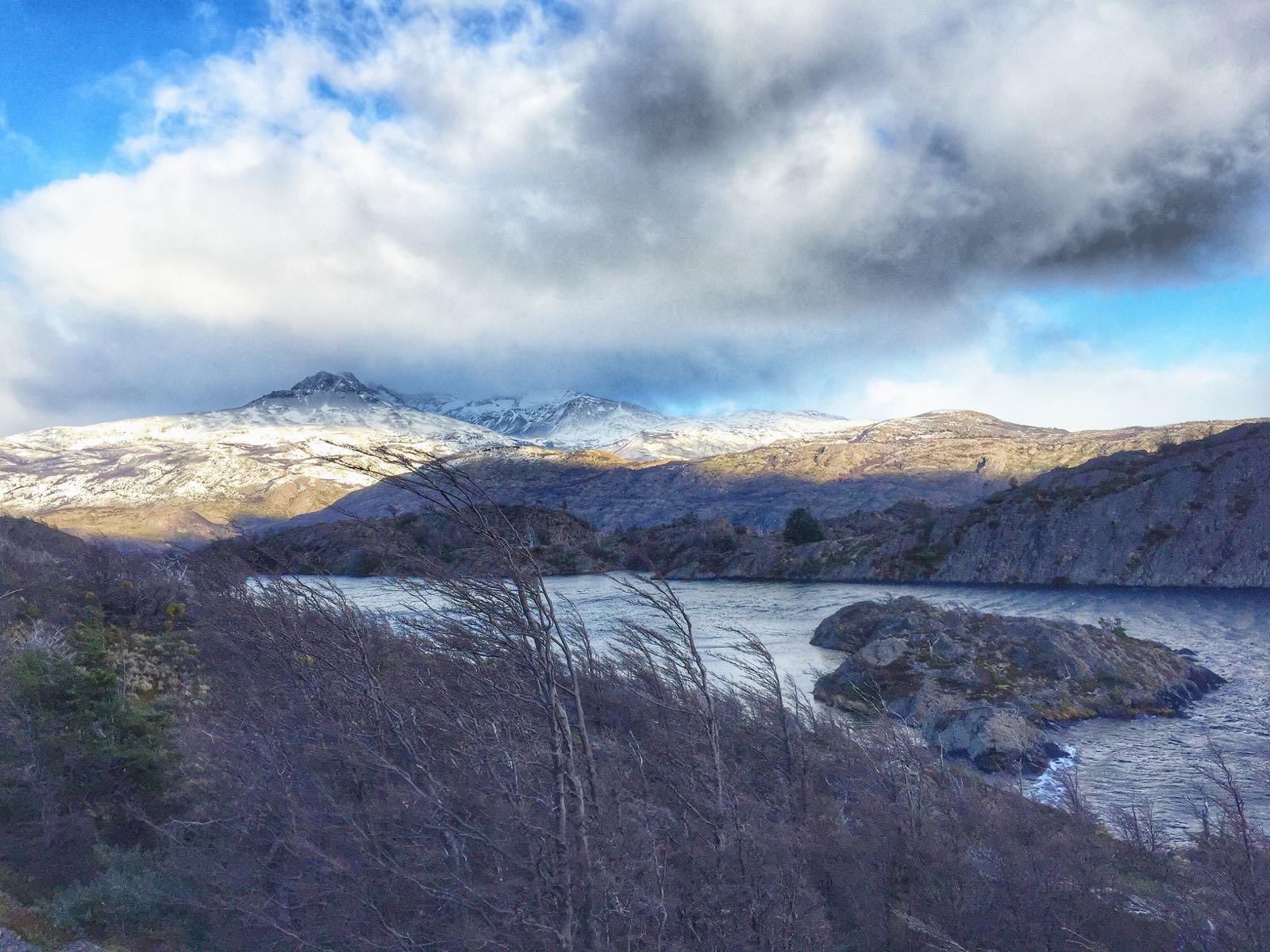 torres-del-paine-in-winter-lago-los-patos
