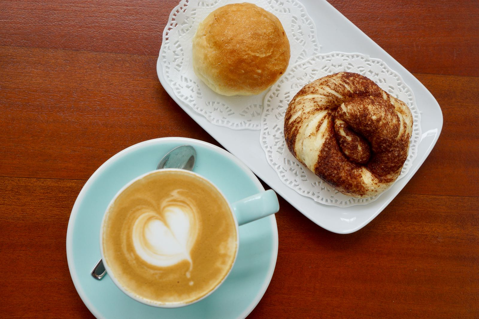Cappuccino & cinnamon twist