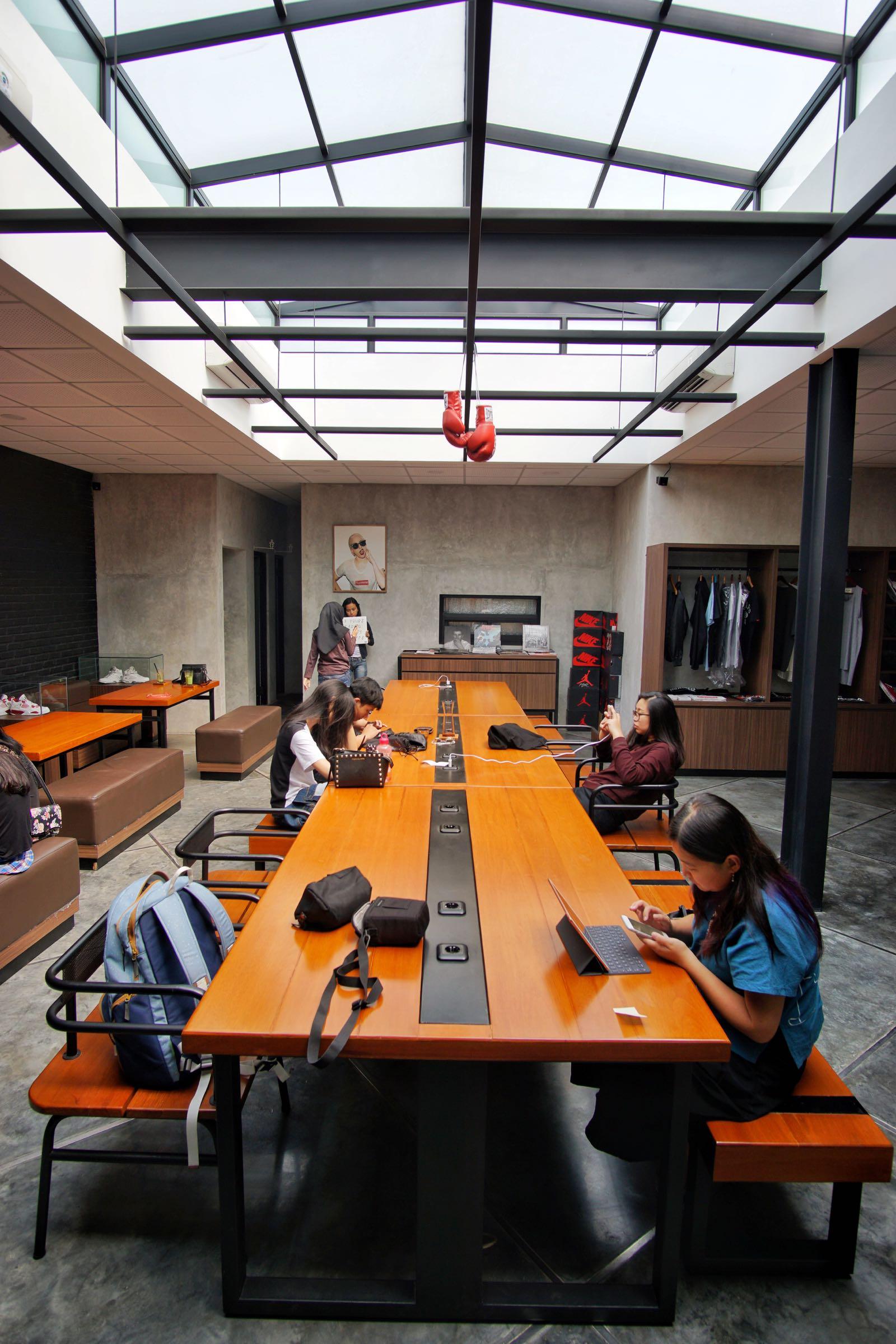 Ruckerpark Bandung work area