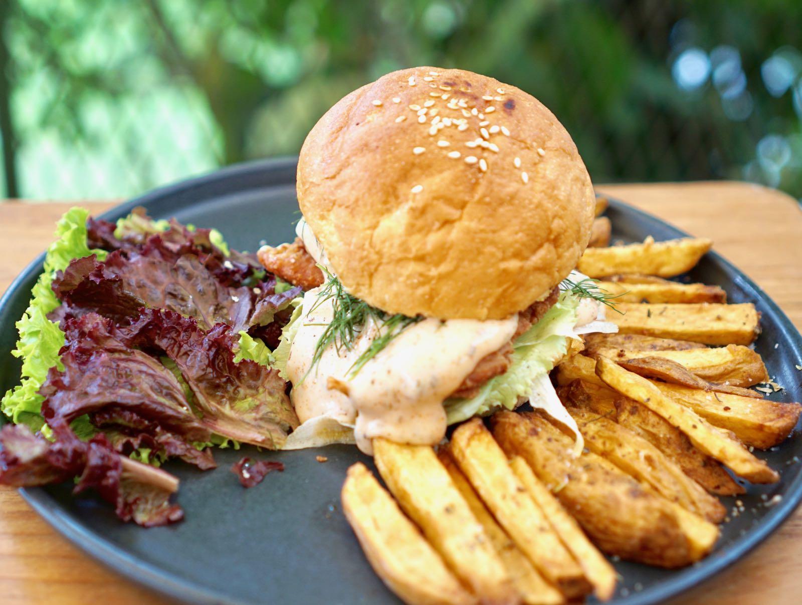 Kiputih Satu Bandung Burger