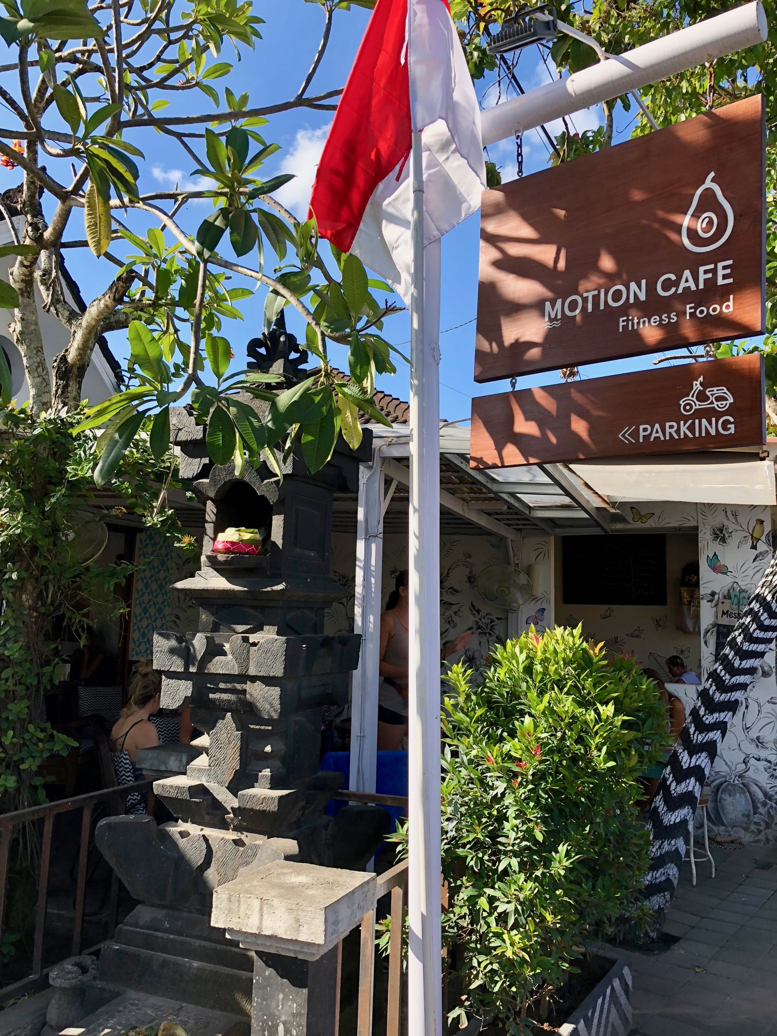 Motion Cafe Canggu Exterior