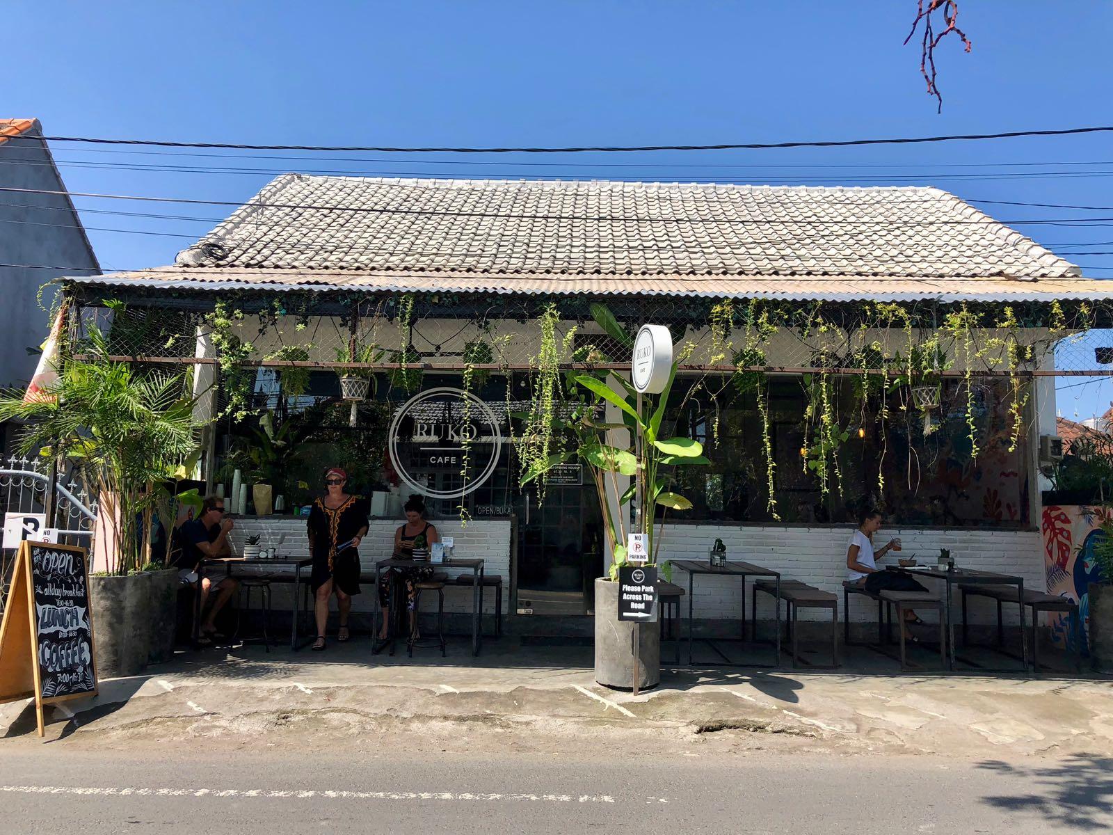 Ruko Cafe Canggu Exterior