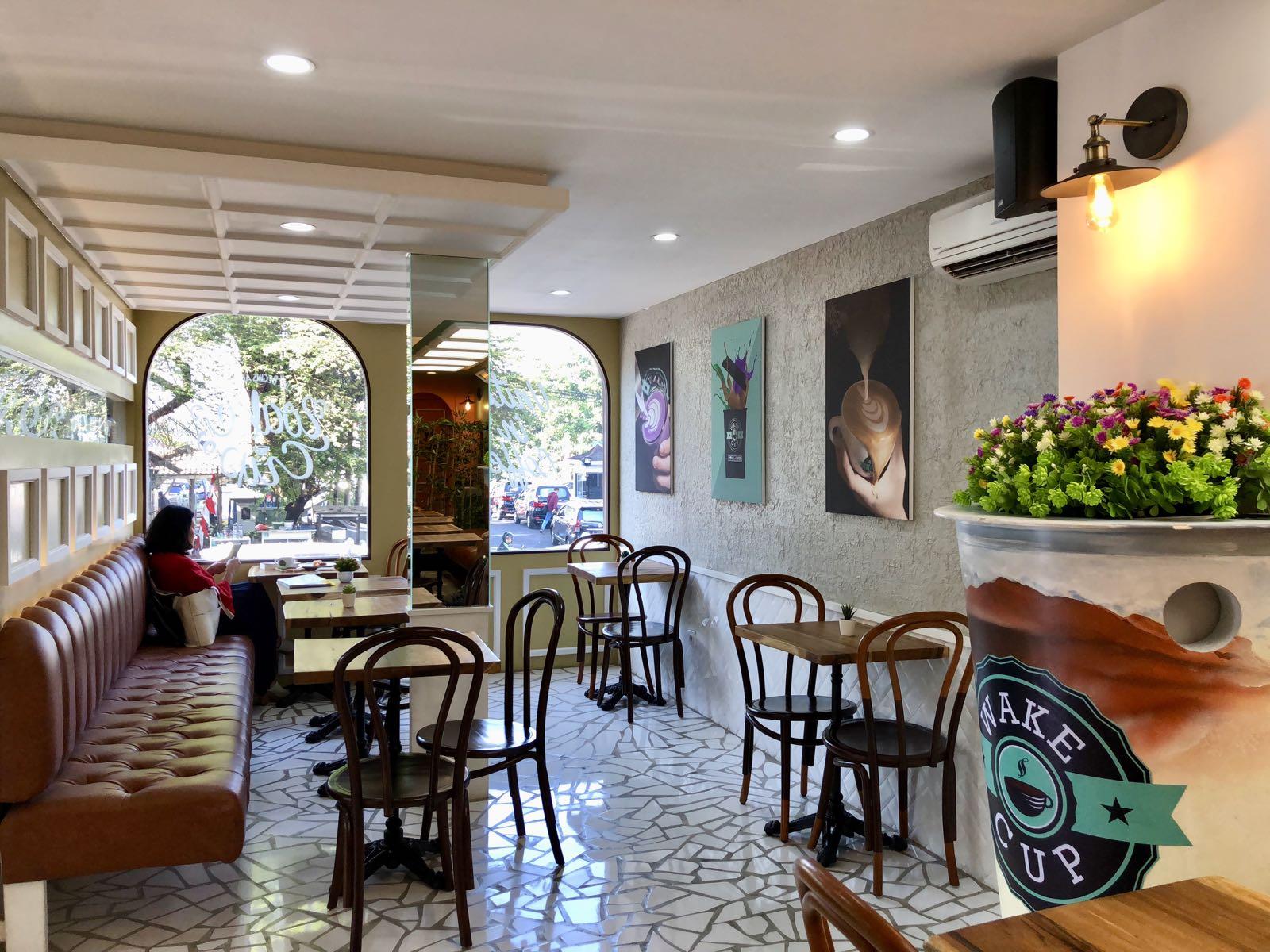 Wake Cup Bandung Coffee Shop