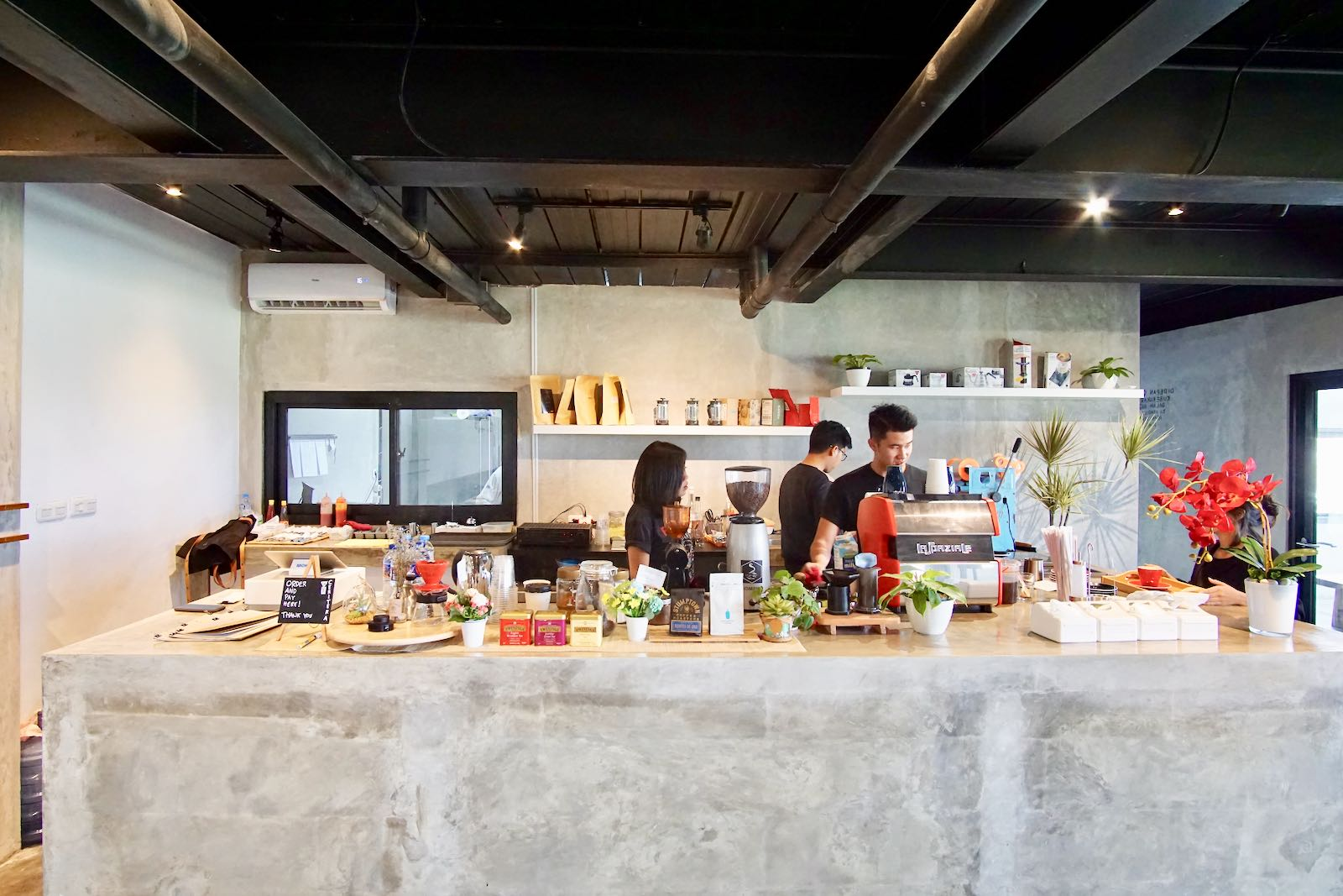 Ceritera Coffee Shop Bandung