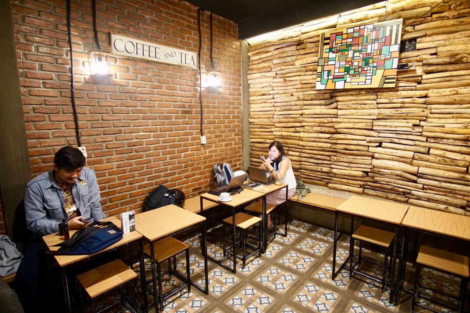 Interior 2 Grams Coffee Bandung