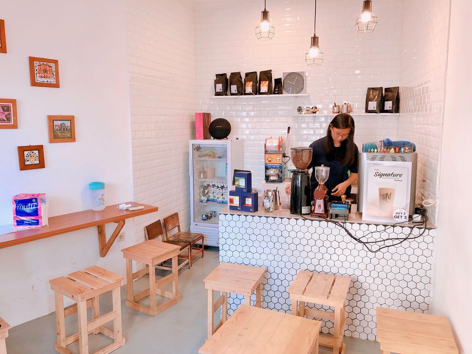 Kopi Alit Coffee Shop Bandung