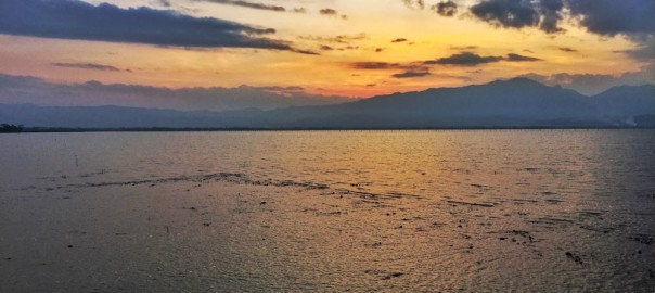 Phayao Lake Sunset